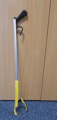 Pick Up Aid With Shoe Horn