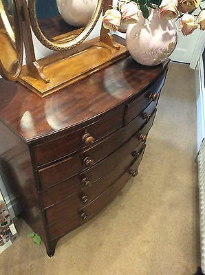 Beautiful Antique Regency Bow Fronted Mahogany Chest Of Draws
