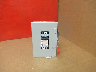 Siemens Fusible Safety Switch Disconnect Gf221N 30A A Amps 240V Volts 2 Pole New