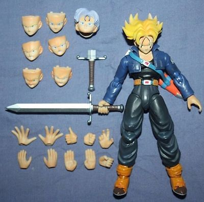 S.H. Figuarts Super Saiyan God Goku Dragonball Z Trunks Action Figure IN BOX