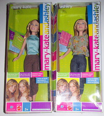 "MARY-KATE and ASHLEY DOLLS - ""HIGH SCHOOL YEARS"" DOLL SET - NIB"