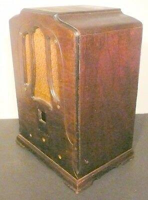 """vintage  RCA R-7A TOMBSTONE """"SUPERETTE""""  RADIO part:  WOOD SHELL & GRILL CLOTH"""