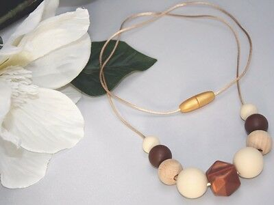 Necklace for mum (was teething) Brown cream wood Baby Tapuu Silicone jewellery