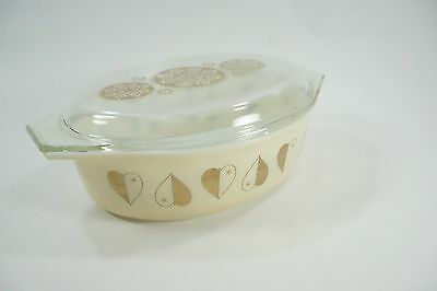Vtg PYREX GOLDEN HEARTS 045 2 1/2 QT dish & glass lid Base 33, Lid 12