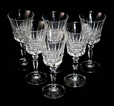 Vintage set of 6 sparkly crystal stem glasses. In lovely condition with no chips