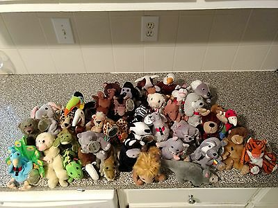 Coca cola international beanie babies 1999 lot of 40, hang tags with covers