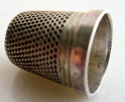 Antique Henry Griffith British Chester Sterling Silver Sewing Thimble Hallmarked