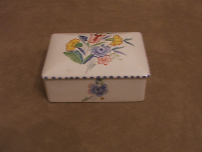 30's VINTAGE POOLE POTTERY HAND PAINTED LIDDED BUTTER BOX EXCELLENT CONDITION