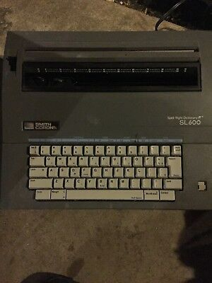 Vintage Smith Corona SL600 Electric Typewriter Spell-Right Dictionary SL 600