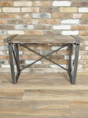 Stunning Wooden Effect And Metal Urban Retro / Vintage Desk / Side Table 4569