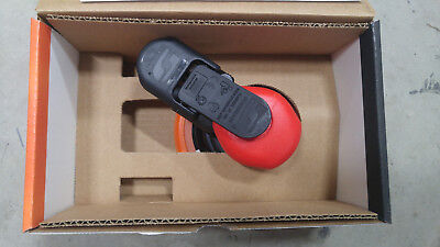 "Dynabrade 21062 (3/32"" Orbit) Random Orbital Sander 6"" - New in box"