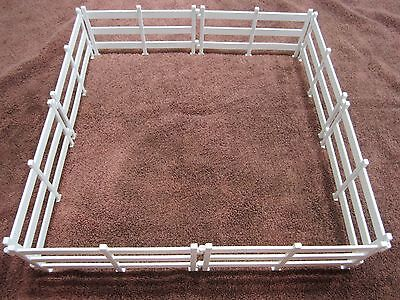 Breyer Stablemates White Fencing Horse Pasture Corral Fencing 8 Sections