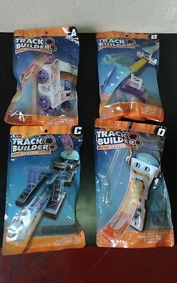 Track Builder della Hot Wheels, lettere A, B, C e D