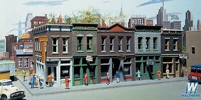 Walthers #933-3028 Merchants Row I Shops Building kit