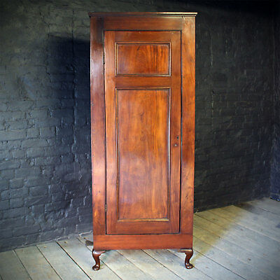 18th Century Mahogany Single Wardrobe/cupboard