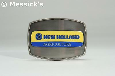 NEW HOLLAND AGRICULTURE Collectible Belt Buckle  Spec Cast ZJD1052