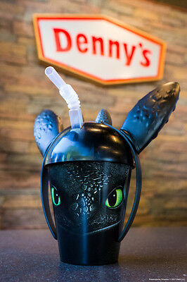 4 NEW NEVER USED TOOTHLESS DRAGON CUPS limited edition Denny's