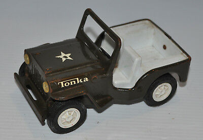 - TONKA army JEEP  6 inch Truck 1960s  -