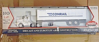 Model Power HO 15004 Die-cast truck and Trailer Conrail, HO Scale