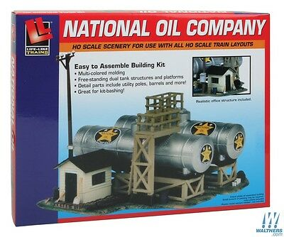 Life-Like National Oil Company  - Building Kit HO Scale 1:87 includes postage