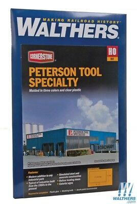Walthers Cornerstone #933-3091 Peterson Tool Speciality- Building kit HO SCALE