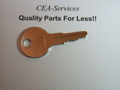 (1) Key Fits Ford New Holland Skid Steer Skidsteer Lull (New) Yale Upright F1
