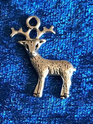 Tibetan Alloy Antique Silver or Gold Deer Stag Reindeer Charms Pendants 3D