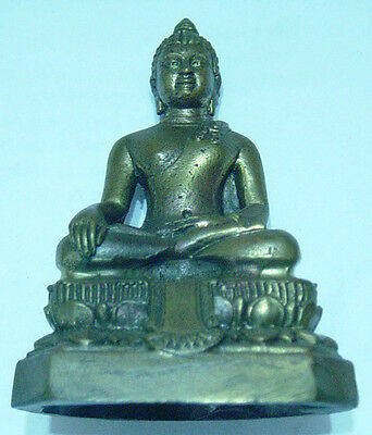 Chiang San  Buddha  brass bronze molded sculpture