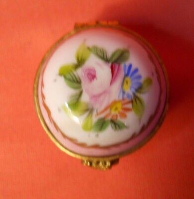 Antique Sevres France Snuff or Pill Box