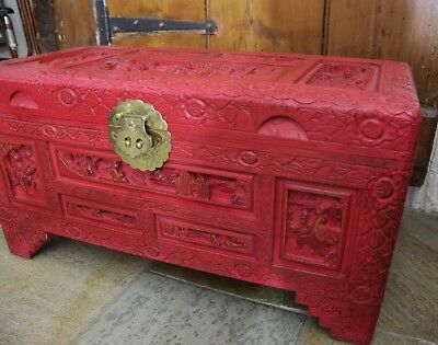 Vintage Chinese shabbie chic small red painted camphor chest