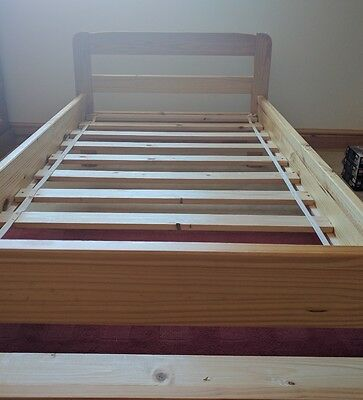 Quality solid pine single bed frame picclick uk for Good quality single beds