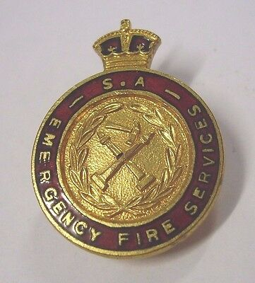 WW2 1940s South Australia Emergency Fire Services Badge Type 2 Variety