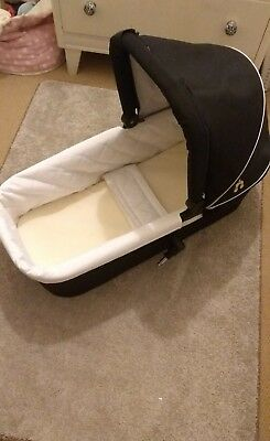 out n about single carrycot /pram raven black