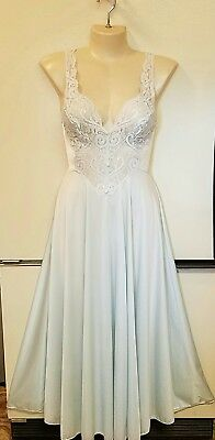 """OLGA light blue Full 160""""Sweep Lace Bodice Nightgown Negligee Gown 92770 XL EUC!"""