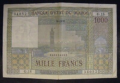 1952 Morocco 1,000 Francs Circulated Small Problem       ** FREE U.S SHIPPING **