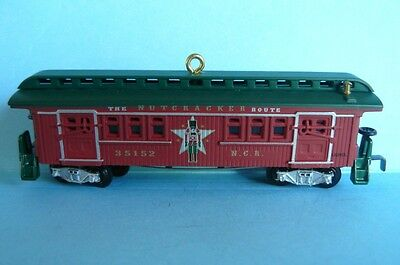 "2012 Hallmark ""LIONEL NUTCRACKER ROUTE BAGGAGE COACH"""