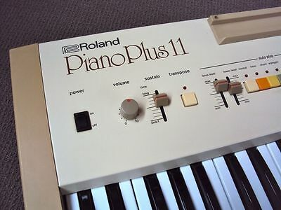 ROLAND PIANO PLUS EP 11 Electric Piano 1982 VINTAGE KEYBOARD MADE IN JAPAN