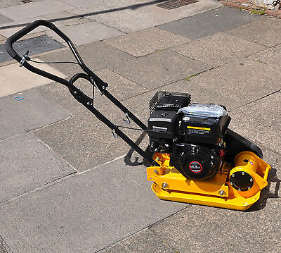 Plate Compactor Petrol Vibrating Plate Wacker NEW Block Paving Building Ground