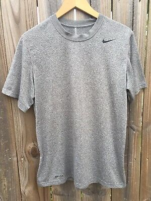 Nike Dri-Fit Gray Short Sleeve T-Shirt Men's Size Medium