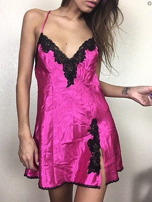 Frederick's of Hollywood Size Med Pink Silky Low-Back Lace Detail Slip Lingerie