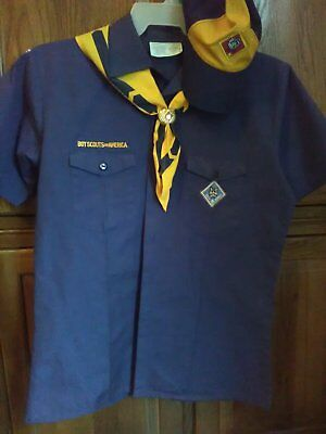 Boy Scouts of America Cub Scout Blue Shirt Size Youth XL - (plus hat & more!)
