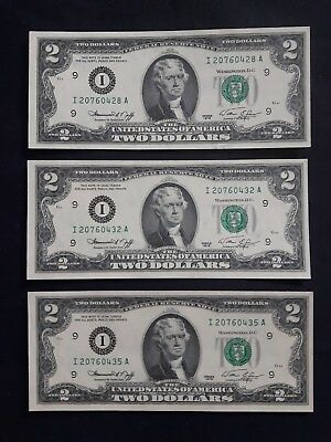 LOT of (3) United States 1976 $2 Bank Notes - Uncirculated - UNC