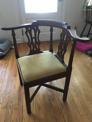 Antique English chippendale corner chair  pre-1800
