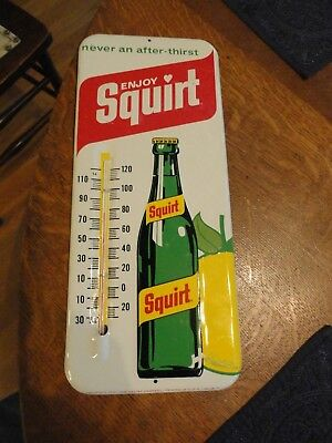 """1971 """"SQUIRT"""" Soda Advertising Thermometer - Great Graphics - Excellent Cond"""