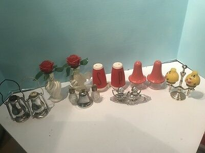 Nice Lot Of Vintage Made Japan Plastic Salt & Pepper Shakers...lqqk!