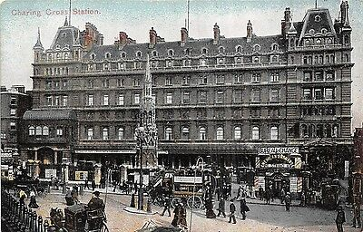 POSTCARD   LONDON  Charing  Cross   Station