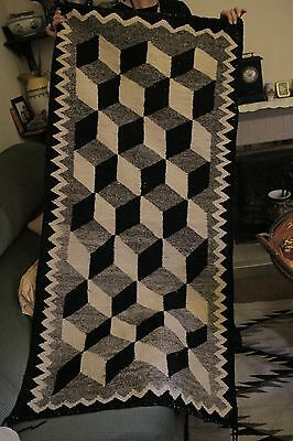 Early Native American Navajo Rug in Perfect Condition