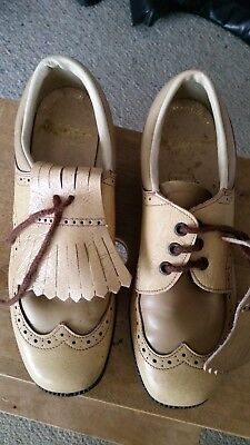 Vintage ladies retro golf shoes Nilblick beige leather with spikes size 7.5