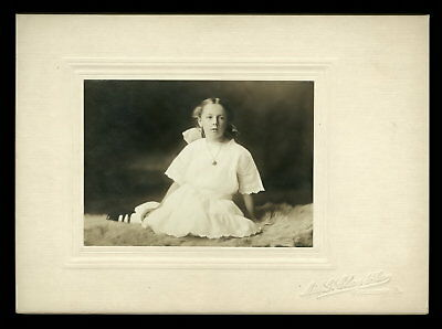 Vintage DARLING GIRL Cabinet Photo 1900s By FEMALE PHOTOGRAPHER Doylestown Pa.