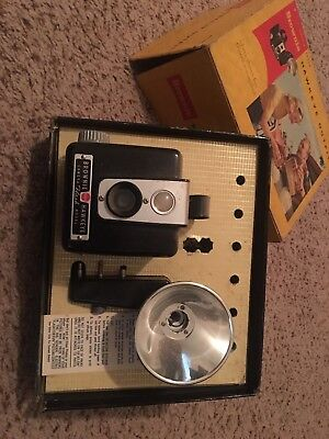 Vintage Brownie Hawkeye Flash Outfit Camera With Original Box